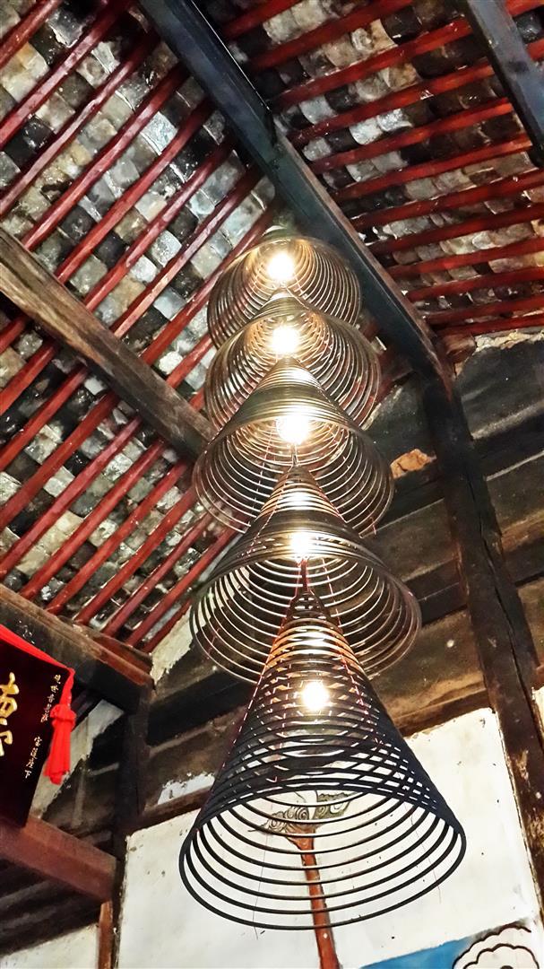 Shaxi temple lanterns, Yunnan China